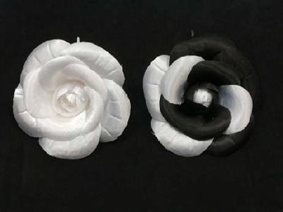 ER 557 Satin Camellia