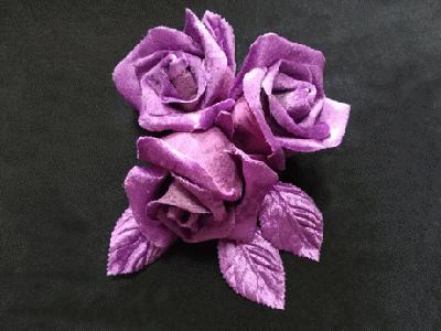 ER 95 Velvet Bud Rose