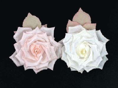 GF46 Hand Curled Silk Rose