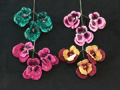 ER 303 Large Velvet Pansy/3 Single Head