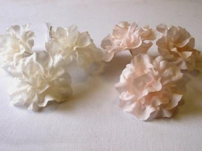 ER592 Silk Blossom
