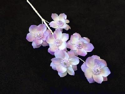 ER 74 Crystal Centred Blossom