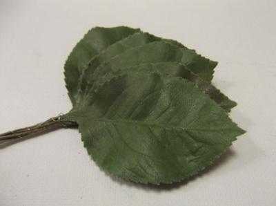 ER593 Large Cotton Leaf /10