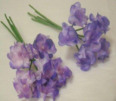 ER382 Silk Parma Violet Spray